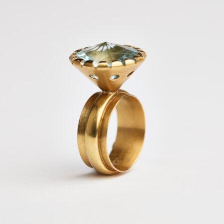 Ring aus 750 Gold mit Aquamarin
