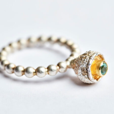 """Ring """"Cupula"""" mit hellgrünem Turmalin"""
