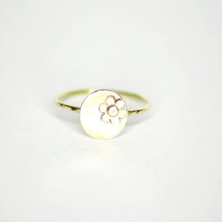 "Ring aus 585 Recycling Gold mit Goldplatte ""Blume"""