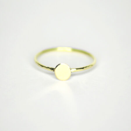 Ring aus 585 Recycling-Gold mit Goldplatte